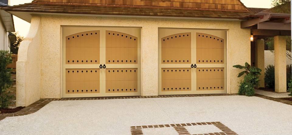 American garage door company american garage door 24 for Local door companies